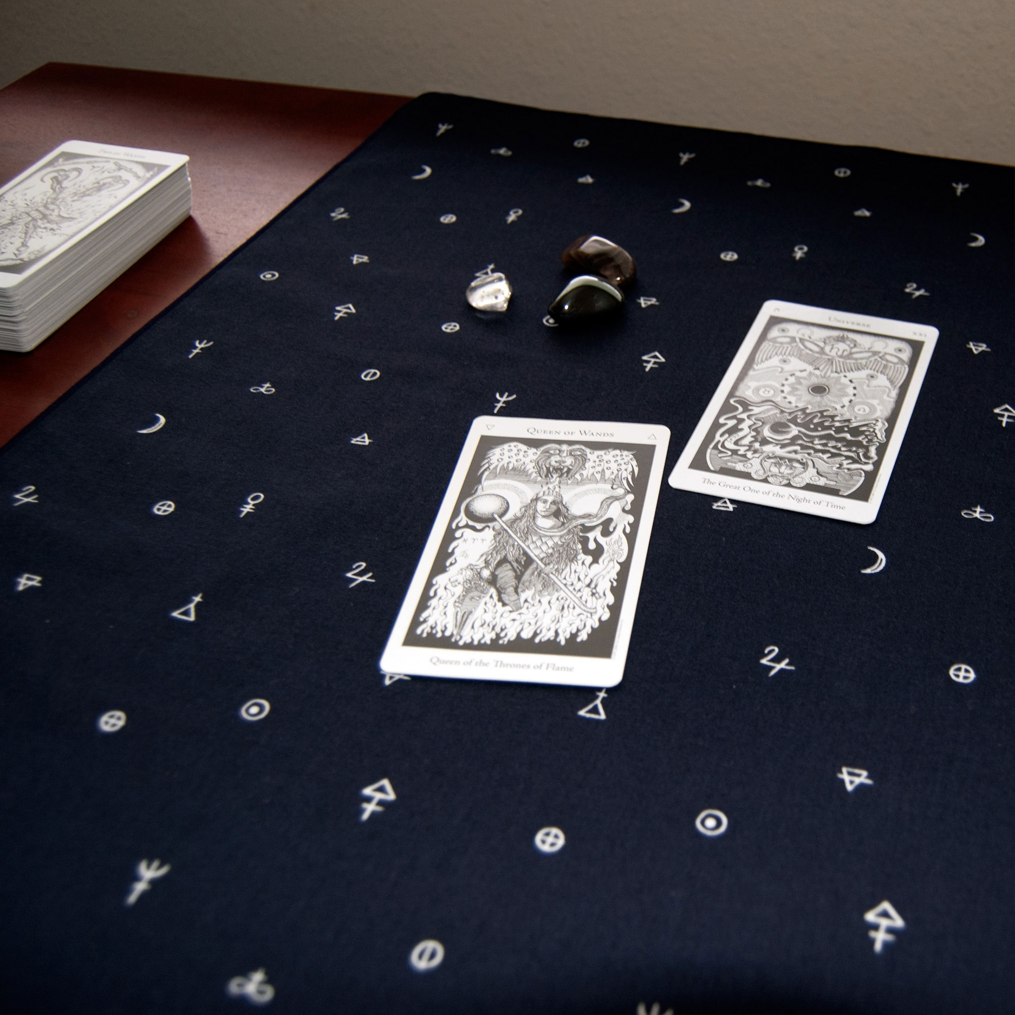 Image of Alchemy Cloth with Hermetic Tarot Cards