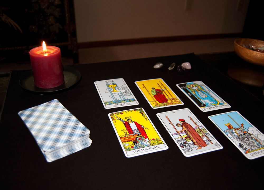 Spread Cloth with Rider Waite Tarot Cards