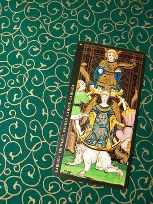 Queen of Coins Cloth - Tarot Cloth | Queen of Coins